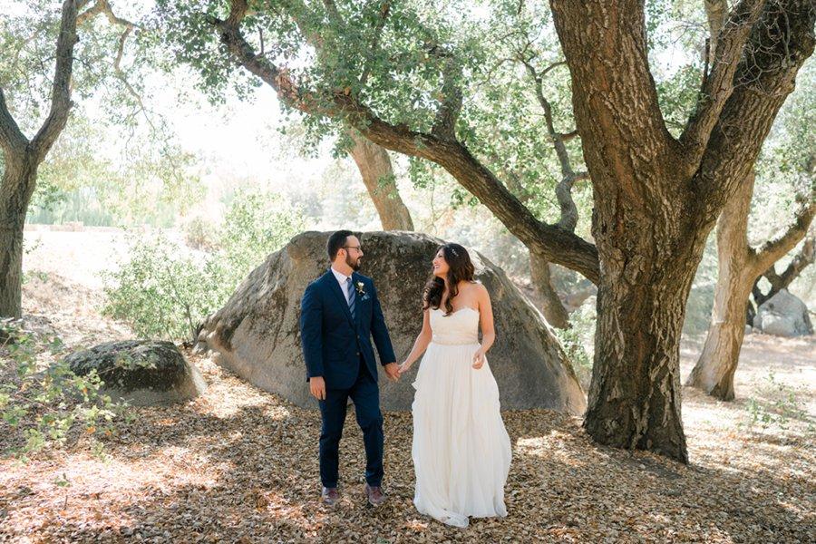 A Burgundy, Blush, & Navy California Vineyard Wedding via TheELD.com