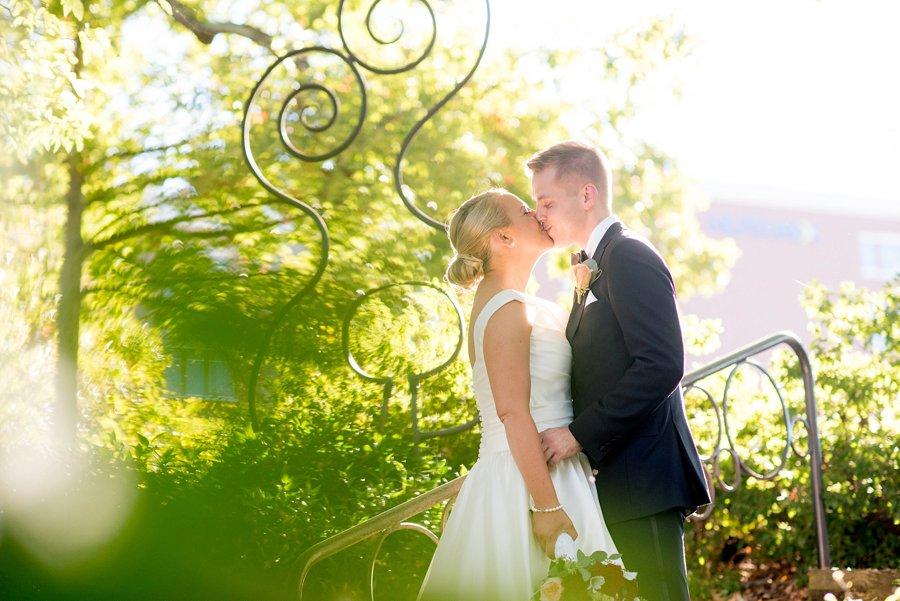 A Southern Pink & Red North Carolina Wedding via TheELD.com