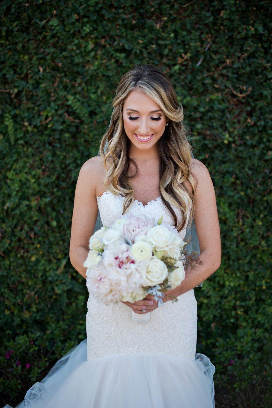 An Elegant White & Blush Rustic Florida Wedding via TheELD.com