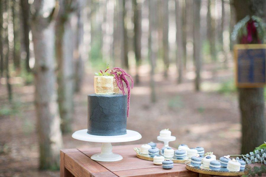 Elegant Navy & Red Woodland Wedding Ideas via TheELD.com