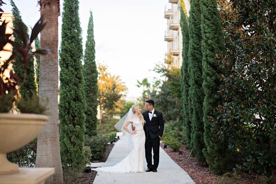An Elegant Pink & Champagne Florida Wedding via TheELD.com