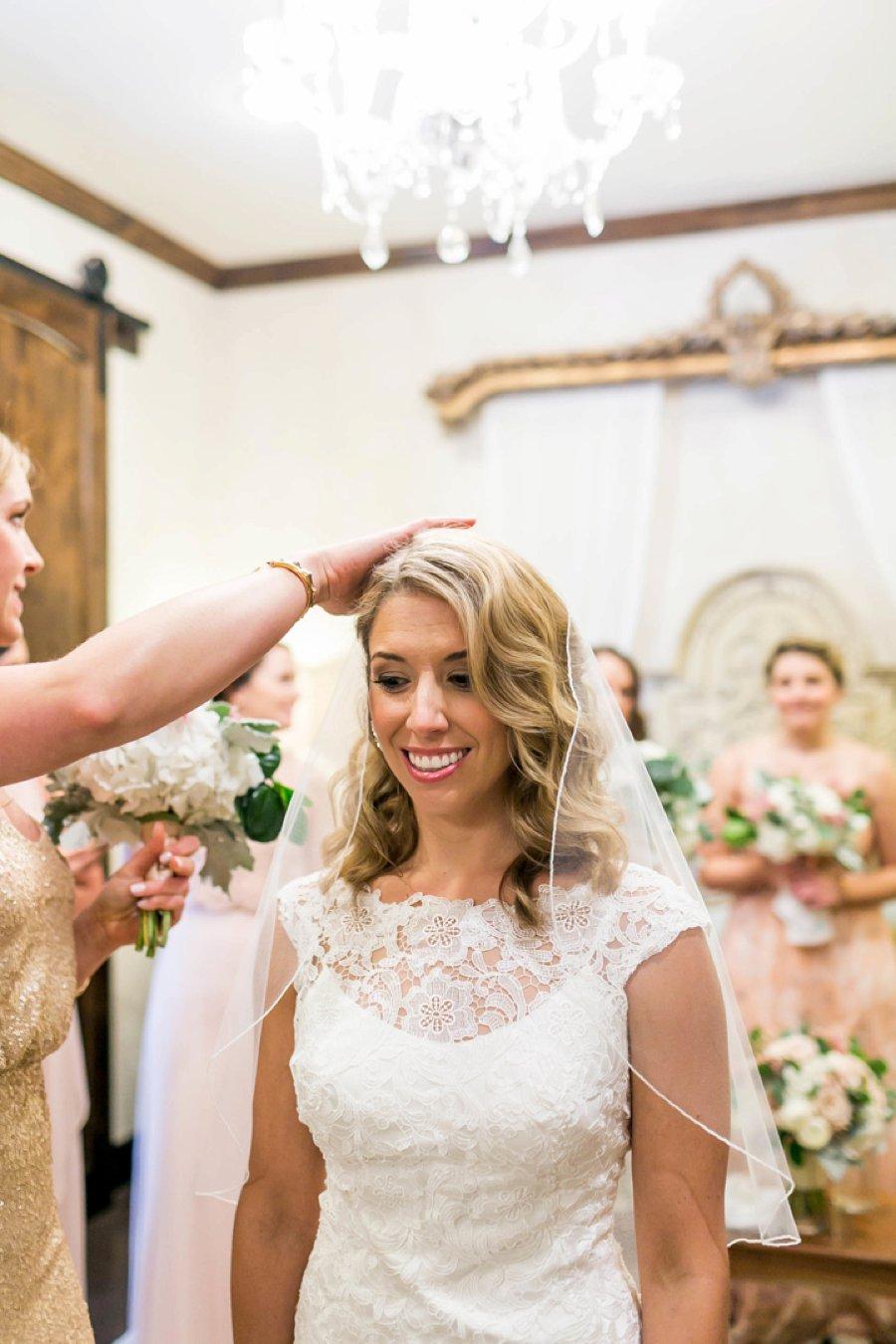 An Elegant Blush & Champagne Texas Destination Wedding via TheELD.com