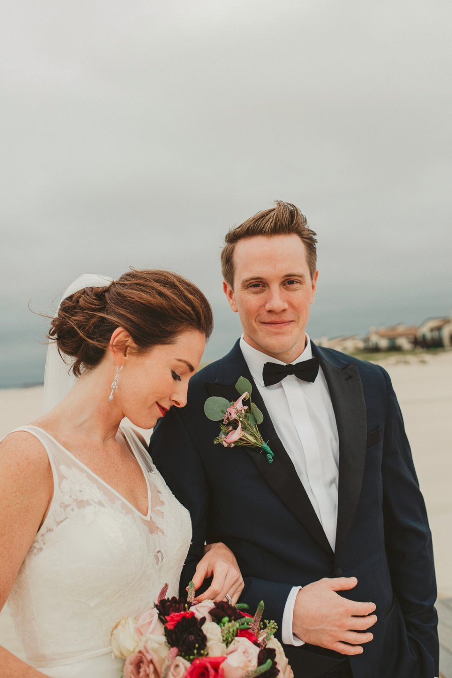 An Elegant Blush & Red Oceanfront Wedding via TheELD.com