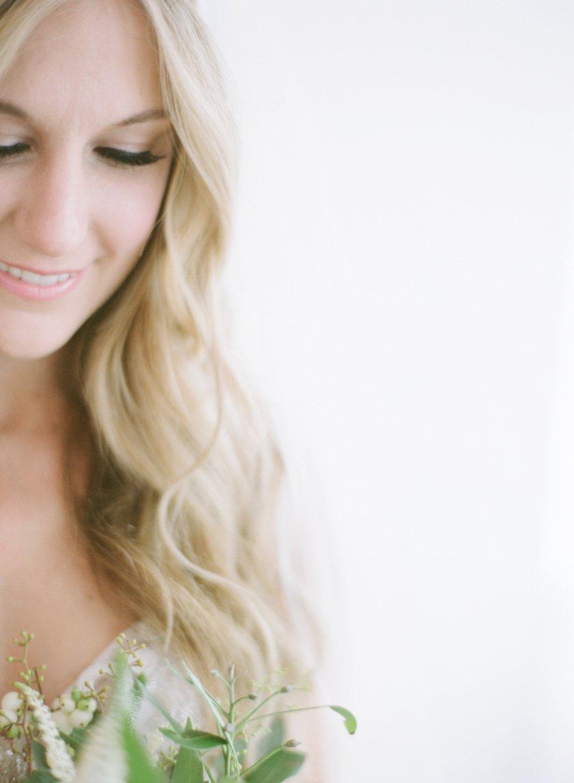A Peach & Green Boho Ballroom Wedding via TheELD.com