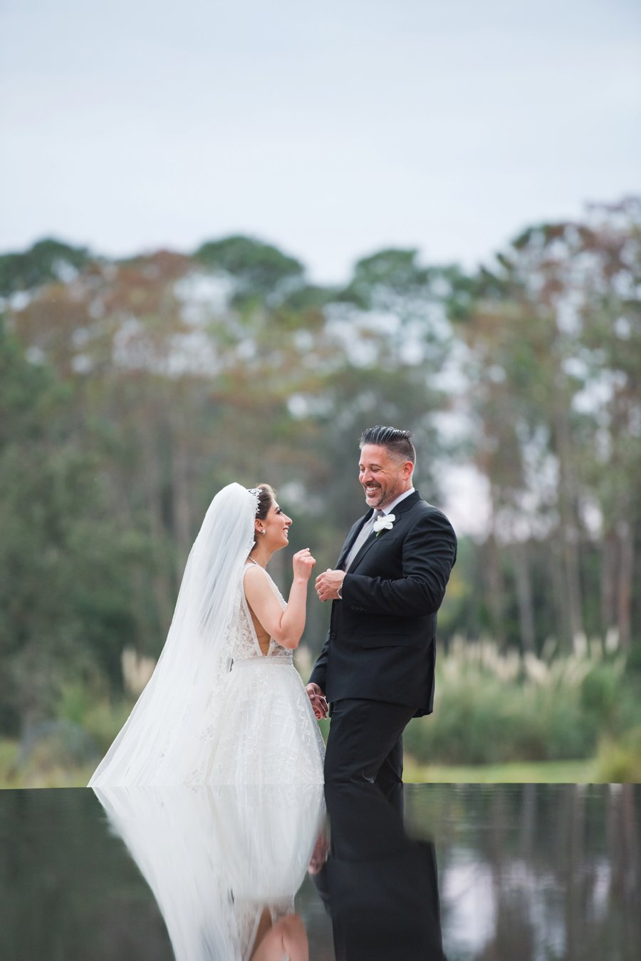 A Elegant Silver & White Black Tie Wedding via TheELD.com