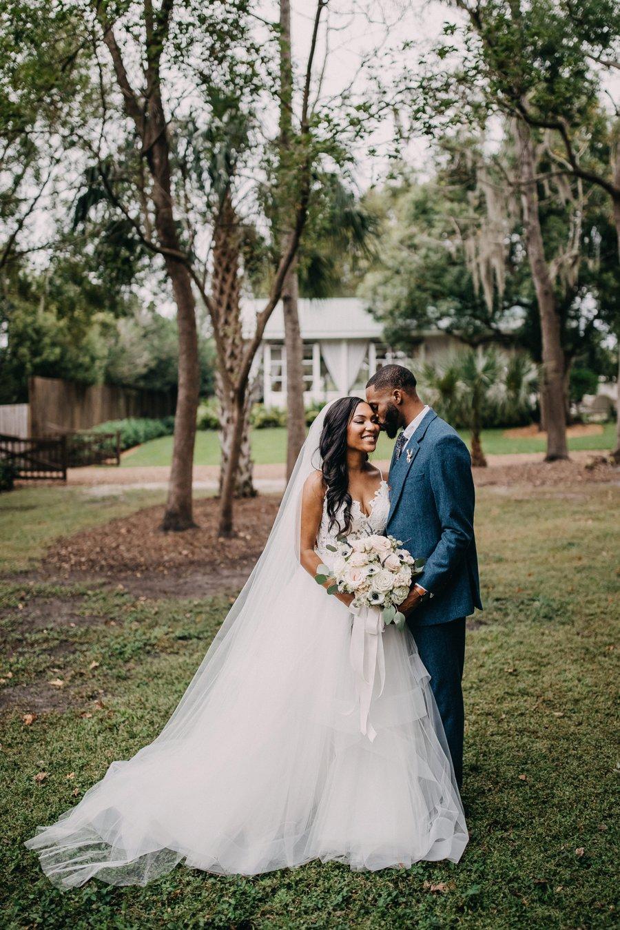A Navy & Blush Rustic Elegant Central Florida Wedding via TheELD.com