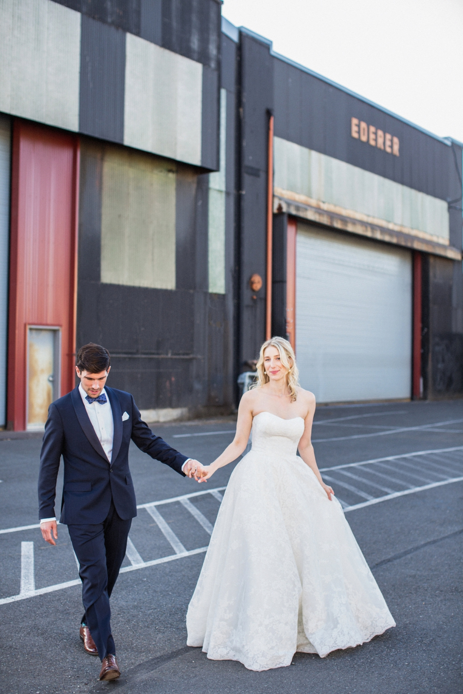 A Romantic Burgundy Seattle Wedding via TheELD.com