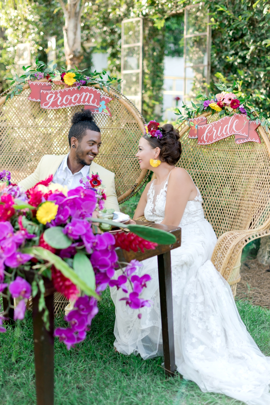 Colorful Wedding Ideas Inspired By Mexico via TheELD.com