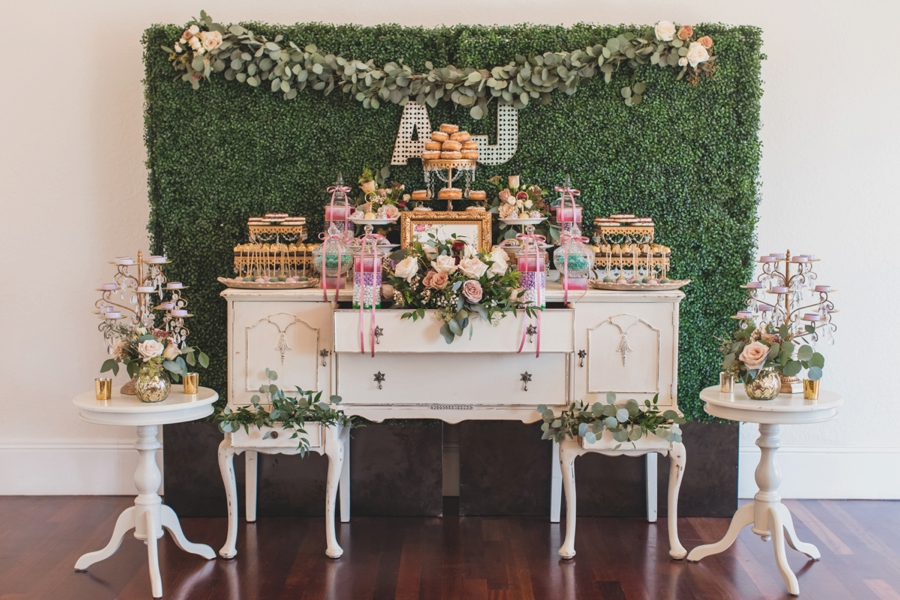 Romantic Rustic Florida Wedding at Luxmore Grande via TheELD.com