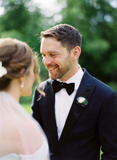 A Nautical Coral & Navy Massachusetts Wedding via TheELD.com