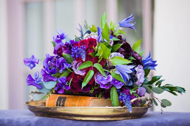 Elegant & Chic Purple Wedding Inspiration via TheELD.com