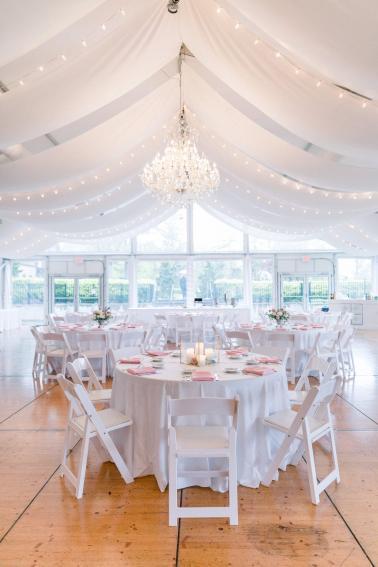 A Romantic Blush Cincinnati Wedding via TheELD.com