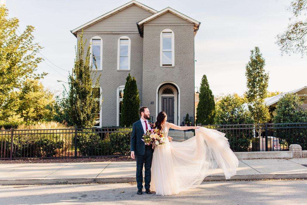 Choosing A Wedding Venue & Photographer via TheELD.com