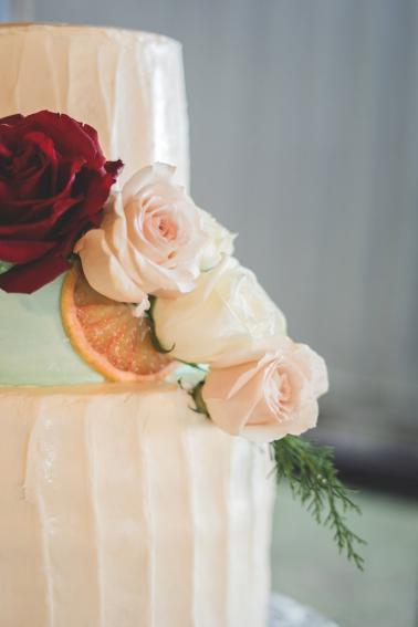 An Organic Riverside Old Florida Wedding via TheELD.com