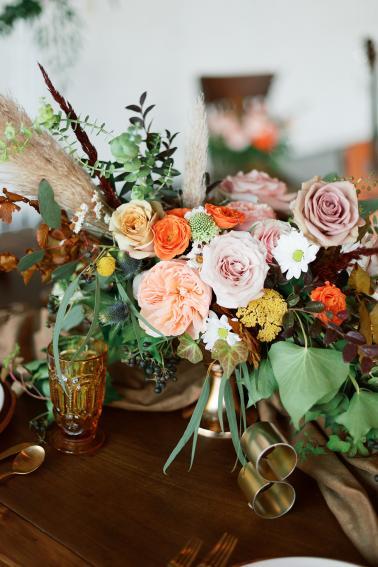Chic 70s Retro Wedding Ideas via TheELD.com